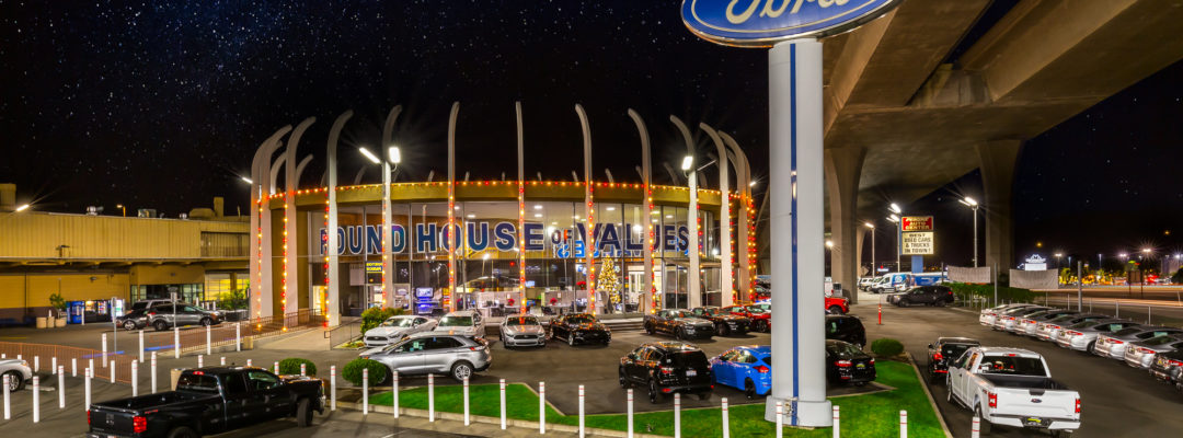 La Mesa Ford >> Pro Light Hangers | Professional Outdoor Lighting Company